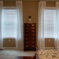 Blinds For Small Bedroom Windows
