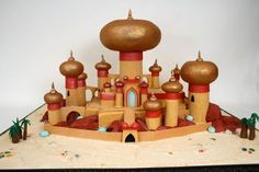 This amazing cake recreates the Royal Palace of Agrabah from Aladdin. Gorgeous Cakes, Pretty Cakes, Amazing Cakes, Aladdin Cake, Aladdin Party, Princess Jasmine Party, Disney Princess, Aladdin Wedding, Charm City Cakes