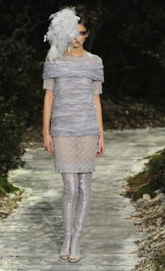 Chanel Haute Couture spring/summer 2013 https://www.facebook.com/QueridasFashionistas