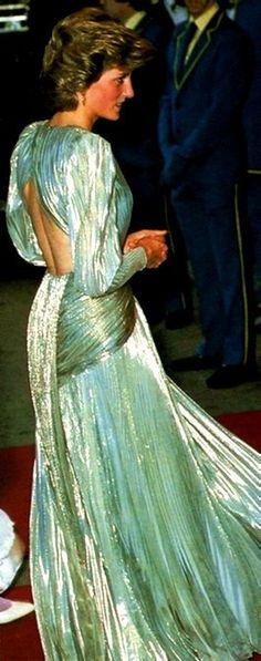 I love this picture. Princess Diana in one of Bruce Oldfield designed gowns