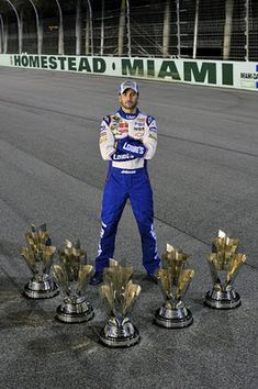 5-time champion, Jimmie Johnson.....Luv Jimmie...waiting for the six pack!!!!