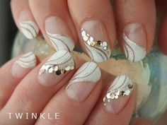 Opting for bright colours or intricate nail art isn't a must anymore. This year, nude nail designs are becoming a trend. Here are some nude nail designs. Bridal Nails, Wedding Nails, Wedding Pedicure, French Nails, Love Nails, Pretty Nails, Nail Art Pictures, French Pictures, 3d Pictures