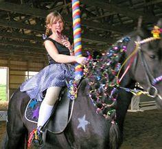 66 ideas for dress fancy costume ideas Horse Halloween Ideas, Horse Halloween Costumes, Halloween Look, Animal Costumes, Fancy Costumes, Pet Costumes, Costume Ideas, Halloween Crafts, Cute Horses