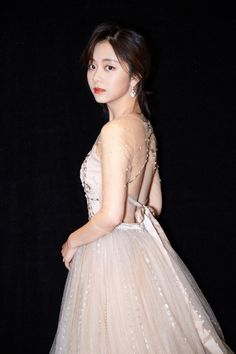 Actors Birthday, Cute Charms, Cute Actors, Chinese Actress, Celebs, Celebrities, Classic Beauty, Girl Crushes, Kpop Girls