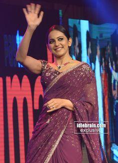 Bollywood Celebrities, Bollywood Actress, Anushka Shetty Saree, Indian Heritage, Gorgeous Women, Gorgeous Lady, Saree Dress, Saree Styles, South Indian Actress
