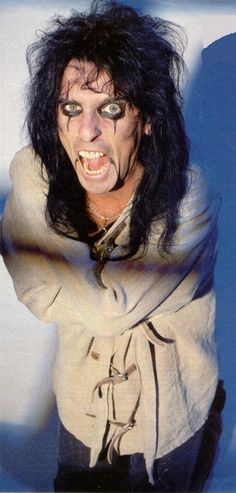 Alice Cooper straight jacket Dwight Frye <3 this song