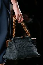 b2a67e527 Bottega Veneta Fall 2013 Ready-to-Wear Collection on Style.com: Detail