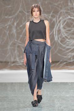 Daniela Barros SS16 Womenswear Fashion. TENMAG Web March 2016