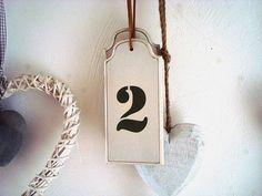"""Suspension en bois beige """"Numéro 2"""", déco rétro"""