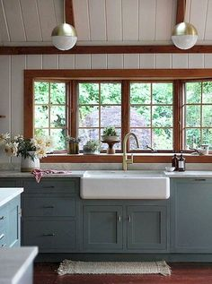 Kitchen Cabinet Ideas - CLICK THE IMAGE for Lots of Kitchen Ideas. #kitchencabinets #kitchenisland