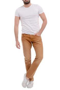 Khaki Pants, Men, Fashion, Moda, Khakis, Fashion Styles, Guys, Fashion Illustrations, Trousers