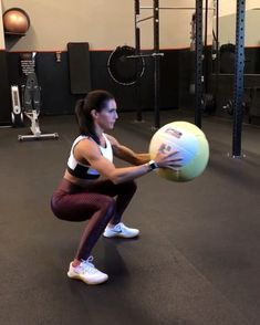"""7,319 Likes, 73 Comments - Alexia Clark (@alexia_clark) on Instagram: """"Medball Circuit 1. 60seconds 2. 60seconds 3. 40seconds each side 4. 40seconds each side 3-5…"""""""
