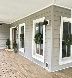 Modern Trends Farmhouse Exterior Paint Colors Ideas 2017 29