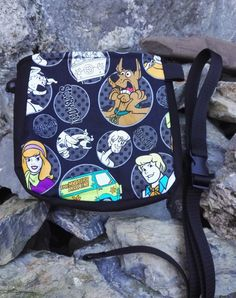 Climbing Chalk, Rock Climbing, Scooby Doo, Diaper Bag, Trending Outfits, Unique Jewelry, Awesome, Handmade Gifts, Bags