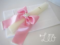 Batizado da Teresa Felt Diy, Communion, Decoupage, Crafts, Ideas, Baptism Ideas, Weddings, Napkin, Souvenirs