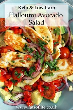 A delicious, fresh salad with the most simplest of seasoning. I topped this avocado, tomato and red pepper salad with lightly fried halloumi pieces. Perfect as a side salad or even just a light lunch option Banting Recipes, Veggie Recipes, Low Carb Recipes, New Recipes, Vegetarian Recipes, Cooking Recipes, Healthy Recipes, Halloumi Salad Recipes, Diet