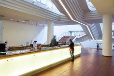 MUSEUM LUDWIG I mit schönem Blick auf den Dom von der Dachterrasse aus