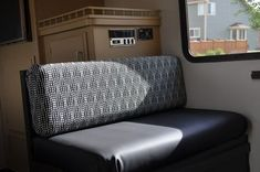 Sew Cushions DIY RV Renovations, no-sew cushion cover - Give your RV a fresh look this new year! From new floors to updated upholstery, here are tips and tricks for all of your DIY RV renovations. T3 Camper, Popup Camper, Camper Trailers, Camper Life, Truck Camper, Travel Trailers, Camper Cushions, Foam Cushions, No Sew Cushions