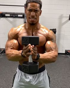 Dumbbell Chest Workout, Chest Workout For Men, Chest Workout Routine, Abs And Cardio Workout, Gym Workouts For Men, Gym Workout Videos, Weight Training Workouts, Gym Workout For Beginners, Chest Workouts