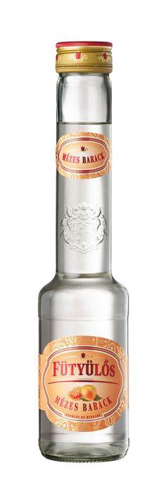 Fütyülős Mézes Barack Pálinka (premium #hungarian peach #schnapps)