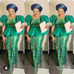 Aso Ebi Fashion : Holiday's Styles Aso Ebi Fashion: Festtagsstile – Reny-Stile African Fashion Ankara, Latest African Fashion Dresses, African Print Fashion, Africa Fashion, African Prints, African Dresses For Kids, African Lace Dresses, Nigerian Dress Styles, African Fashion Traditional