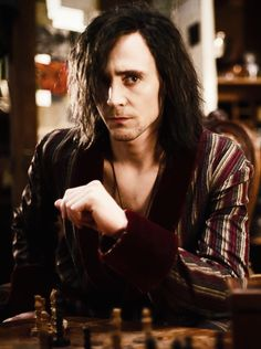 I have absolutely NO problem with Tom Hiddleston being a vampire; either on screen or in real life.