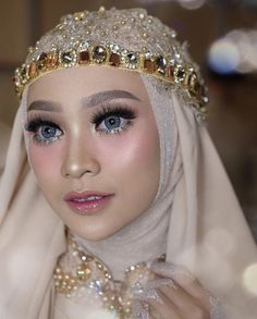 Best Garden Decorations Tips and Tricks You Need to Know - Modern Hijabi Wedding, Muslimah Wedding Dress, Muslim Wedding Dresses, Hijab Bride, Girl Hijab, Hijab Makeup, Bride Makeup, Diy Makeup, Wedding Headpiece Vintage