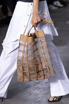 3 1 Phillip Lim at New York Fashion Week Spring 2020 - Details Runway Photos Popular Handbags, Cute Handbags, Best Handbags, Fashion Handbags, Purses And Handbags, Fashion Bags, Fashion Accessories, Luxury Handbags, Cheap Handbags