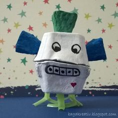 """Alien from the Universe - Name: """"Cakli"""" Diy Crafts How To Make, Expresso, Bagan, Camping Crafts, Planter Pots, Egg, Universe, Eggs, Egg As Food"""