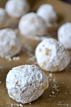 Journal des Femmes : Biscuits moelleux au citron, Biscotti morbidi al limone Macaron Flavors, Macaron Recipe, Lemon Biscuits, Desserts With Biscuits, Food Tags, Salty Cake, Cooking Chef, Savoury Cake, Yummy Cookies