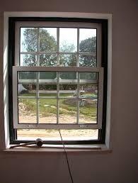Resultado de imagem para janelas guilhotina de aluminio