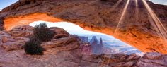 Venture through the most majestic & wondrous points throughout the park. This 2 day, 2 night itinerary will be enough to entice you back again and again   Canyonlands National Park Itinerary