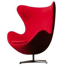 La Egg Chair (Sillon Huevo) es un diseño de A. Jacobsen editado por Fritz Hansen para el lobby y la recepción en el Hotel Real, en Copenhague.
