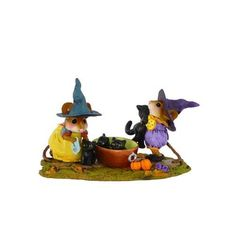 Wee Forest Folk Halloween Kitty Klean-Up Mice Limited Edition