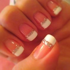 Elegant and easy French manicure!
