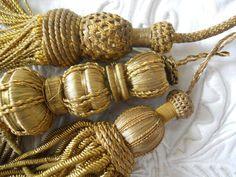 3 ANTIQUE FRENCH GOLD METALLIC TASSELS 19 TH-CENTURY