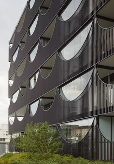 "Swedish architects Tham & Videgård Arkitekter design ""Vastra Kajen"" housing — #Architecture #Sweden via @archpaper"