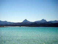 Isla Coronados, Loreto, BCS, Mexico http://bajabybus.com/blog/item/29-loreto-bay-isla-coronados
