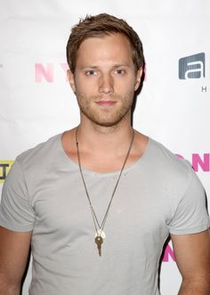 Jonathan Keltz Photos - Actor Jonathan Keltz attends NYLON x Aloft Hotels celebrate The Music Issue with cover star HAIM on May 2014 in Los Angeles, California. - HAIM Celebrates Their Magazine Cover Pretty People, Beautiful People, Guys And Dolls, Hooray For Hollywood, Face Claims, Man Crush, Handsome Boys, New Image, Gorgeous Men