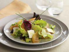 Salat mit Brie und Zwetschgen ist ein Rezept mit frischen Zutaten aus der Kategorie Steinobst. Probieren Sie dieses und weitere Rezepte von EAT SMARTER!