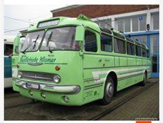 Classic Trucks, Classic Cars, New England Fall, Road Train, Bus Coach, Classic Motors, Bus Driver, Limousine, Old Cars