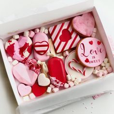 Chocolate Covered Treats, Chocolate Bomb, Chocolate Hearts, Chocolate Covered Strawberries, Valentine Desserts, Valentine Cake, Valentine Treats, Sweet Box, Love Is Sweet