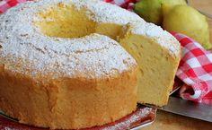 Angel cake al limone Un ciambellone altissimo, sofficissimo, profumatissimo, facilissimo e preparato con solo albumi d'uovo e poco altro. Senza tuorli, sen