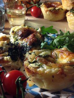 Mini-Quiches aus Blätterteig - Stilettos & Sprouts