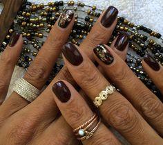 CND Shellac  Black pool Dark lava Iced vapor  Icicles Wine foil Silver foil  #handmodel #cnd