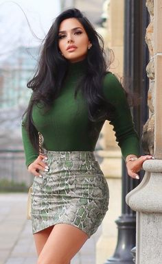 Mode Outfits, Sexy Outfits, Sexy Dresses, Gorgeous Women, Amazing Women, Look Body, Belle Silhouette, Looks Pinterest, Sexy Skirt