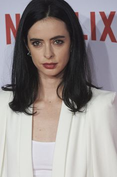 Krysten Ritter Photos Photos - Actress Krysten Ritter attends the red carpet of Netflix presentation at the Matadero Cultural center on October 20, 2015 in Madrid, Spain. - Netflix Spain's Presentation Red Carpet