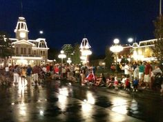 Disney World is so beautiful at night. Like or RT of you agree. | Chip and Co's - Disney Pics