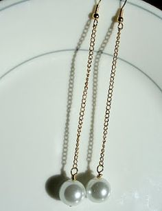 how to make these easy pearl dangles!