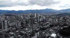 Medellín ou Bogotá?  #dubbi #viajantesdubbi  #viajantesdubbi